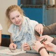 """Bewerbungsfrist endet am 31. Juli Münster/Steinfurt. Studieninteressierten ein realistisches Bild der technischen Studiengänge zu vermitteln: Das ist das Ziel des Programms """"Studi-Guide"""" der Fachhochschule Münster. Oberstufenschüler, die teilnehmen möchten, können […]"""