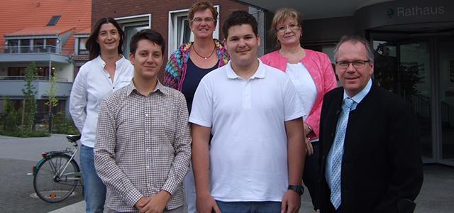 Zwei neue Auszubildende bei der Stadt Ennigerloh